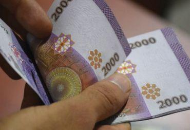 """باحث اقتصادي لـ""""المشهد"""" : العائلة السورية بحاجة إلى مليون ونصف ليرة شهرياً للعيش بطريقة """"مقبولة"""" ."""