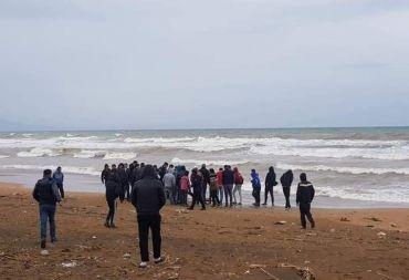 العثور على جثتين لفتاتين مجهولتي الهوية على شاطئ طرطوس .
