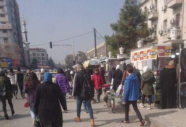 المواطن بين فكي كماشة الوضع الاقتصادي والمعيشي المتردي وحظر التجوال..