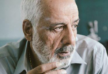 """أيمن زيدان : """"والله العظيم أنا بخير .. تباً لشائعات الموت"""" ."""