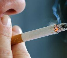 ولاية هاواي الأمريكية قد ترفع السن القانوني للتدخين إلى 100 عام بحلول عام 2024