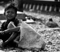 تسول الأطفال بين المهنة وضريبة الحرب