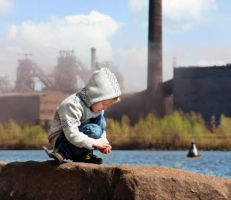 خطر يهدد الأطفال حول العالم