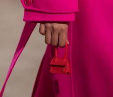 آخر صيحات الموضة..حقيبة أصغر من هاتفك
