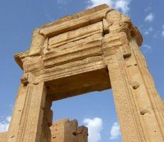 """وصول محراب معبد """"بل"""" التدمري إلى المتحف الوطني في دمشق"""