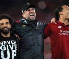 """""""ليفربول يكتب تاريخ جديد"""" ويقلب الطاولة على برشلونة"""