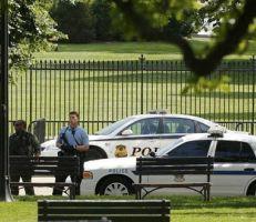 رجل مجهول يضرم النار في جسده أمام البيت الأبيض