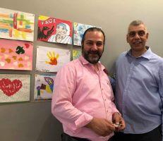"""التشكيلي بديع جحجاح يطلق """" ألوان وأفكار من أجل السلام لسورية"""""""
