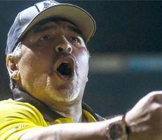 مارادونا يهاجم لاعبي الارجنتين بعد الخسارة أمام كولومبيا