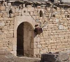 الاحتلال التركي يواصل سرقة آثار عفرين