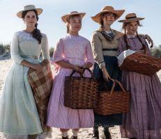 """""""نساء صغيرات""""حكاية أربع أخوات يقضين طفولتهن بلا أب"""