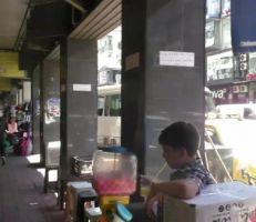"""المواطن """"محتار"""" بين مصاريف العيد والمونة والمدارس (فيديو)"""