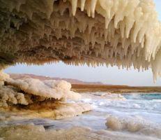 البحر الميت ينخفض لأدنى مستوى في التاريخ