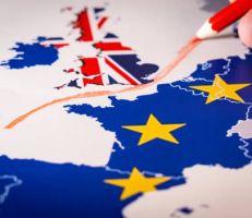 """وثائق مسربة """"أزمات وقود وطعام ودواء ستواجه  بريطانيا إذا انفصلت"""""""