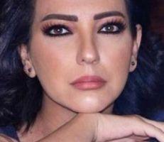 """""""أمل عرفة"""" تعود من الاعتزال عن طريق قناة يوتيوب"""