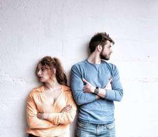 كيف تحول الزواج إلى علاقة عابرة؟