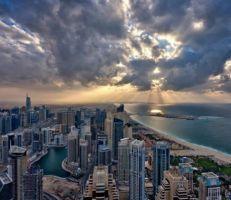 دبي تبحث عن المستثمرين لدعم الاقتصاد المتهاوي