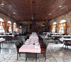 """""""السياحة"""" تمنح 3 رخص لمطاعم نجمتين في اللاذقية"""