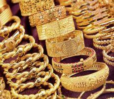 الذهب ينخفض عالمياً بسبب الصين