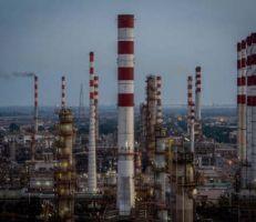 إيران تطلب من روسيا تقديم قرض بقيمة 2 مليار دولار لمحطات الطاقة