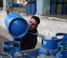 فقدان الغاز من الأسواق في دمشق وريفها والإنتاج يجب أن يصل لـ 50 ألف أسطوانة لتحقيق الاستقرار
