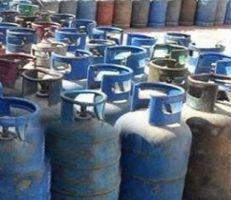 موزعونمادة الغاز يبيعون الأسطوانة بـ 5000 ليرة في ريف دمشق