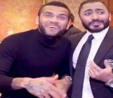 """""""داني ألفس"""" يغني بالعربية مع """"تامر حسني"""""""
