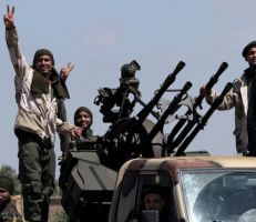 تركيا ترسل ألفي مسلح سوري إلى ليبيا لدعم الحكومة المتحالفة معها