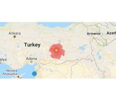 زلزال تركيا: ارتفاع القتلى لـ 21 على الأقل وانهيار أبنية (صور)