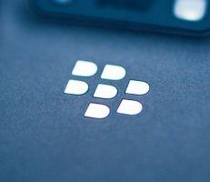 بلاكبيري تتخلى عن سوق الهواتف الذكية نهائياً في وقت لاحق هذا العام