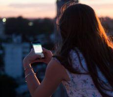 واتساب يصل لـ 2 مليار مستخدم ويعد بالمحافظة على خصوصية المستخدمين