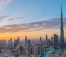 الإمارات تعفي المقيمين من الغرامات بسبب فيروس كورونا