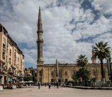 مصر في زمن كورونا: إلغاء التراويح والاعتكاف وموائد الرحمن