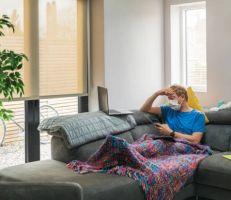 فيروس كورونا: كم يستغرق المريض للشفاء وما الآثار الجانبية