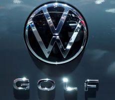 فولكسفاجن تسحب إعلاناً لسيارة جولف أثار جدلا عنصرياً (فيديو)