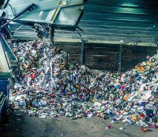 محافظ السويداء يوقع أمر البدء بتشييد معمل تدوير النفايات الصلبة