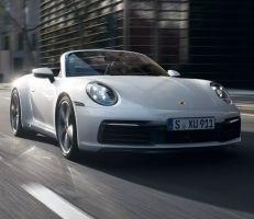 بورشه 911 2021 تحافظ على العناصر الأساسية التي جعلت منها أيقونة بين السيارات الرياضية (صور)