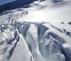 نهر جليدي في جبال الألب الجنوبية يفقد ثلجاً كافياً لتزويد نيوزيلاندا بمياه الشرب لمدة ثلاث سنوات