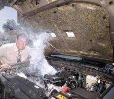 كيف يؤثر مكيف الهواء على أداء محرك سيارتك؟