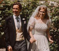 كيف صنع فستان زفاف الأميرة بياتريس  التاريخ (صور)