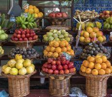 عضو لجنة تجار ومصدري سوق الهال: الموز فقط مستورد بشكل نظامي و 1.7 طن فواكه استوائية مهرّبة تدخل السوق يومياً