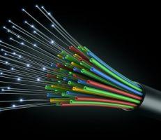 وزير الاتصالات يعلن عودة خدمة الإنترنت بعد انقطاعها بسبب عطل في الكابل الضوئي بين حمص وطرطوس