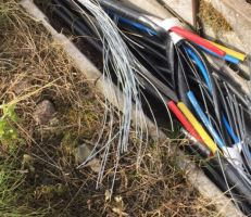 سرقة وتخريب في الكابلات يتسببان بقطع الاتصالات عن آلاف المشتركين في السويداء