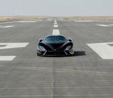 سيارة أميركية تحطم لقب أسرع سيارة في العالم