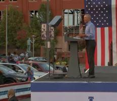أوباما : لا يمكننا تحمل أربع سنوات أخرى من ترامب (فيديو)