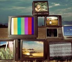 """في اليوم العالمي """"للتلفزيون"""" .. هل لا يزال وسيلة للمتابعة ؟"""