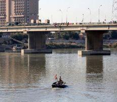 محكمة عراقية تصدر حكما بحق السيدة التي ألقت طفليها من فوق جسر على نهر دجلة (فيديو)