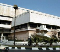 أول اتفاق قانوني بين قسم المكتبات بجامعة دمشق ومكتبة الأسد