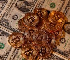في ظل حديث عن تقلص المعروض .. بيتكوين تتجاوز 60 ألف دولار .