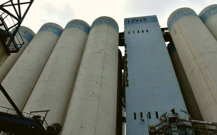 إعادة تأهيل الصومعة المتضررة في مرفأ طرطوس سيستغرق عشرة أشهر